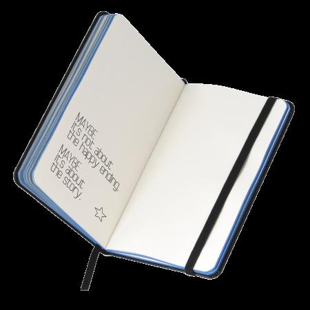 Notitieboekje A6 zwart met kleuropsnede, elastiek en leeslint, 60 pagina`s