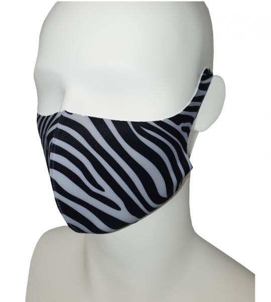 Softshell masker voorzijde eigenontwerp.